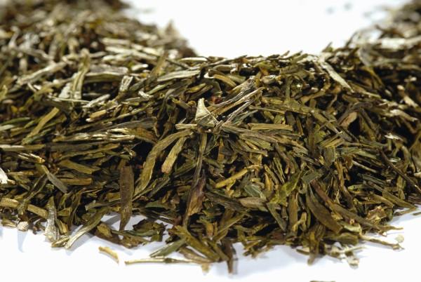 Lung Ching Grüner Tee lose